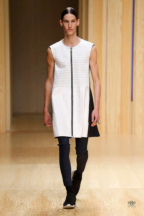 Streamlined Streetwear Runways - The Guillem Rodriguez Spring/Summer 2015 Collection is