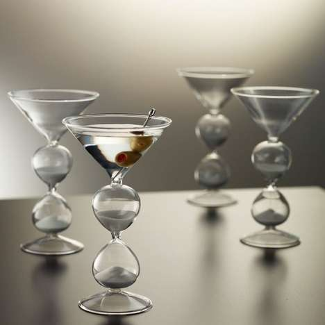 Hourglass Martini Tumblers - These Hourglass Martini Cocktail Cups Help You Celebrate Happy Hour