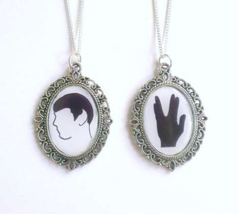 Antiquated Trekkie Lockets - This Captain Spock Necklace Give Futuristic Characters a Vintage Twist