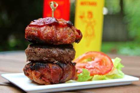 Bacon Burger Buns - This Burger Substitutes a Traditional Bread Bun for Strips of Bacon