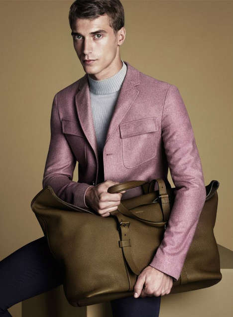 Prim Pastel Advertorials - The Gucci Fall/Winter 2014 Campaign Features a Lilac-Infused Palette