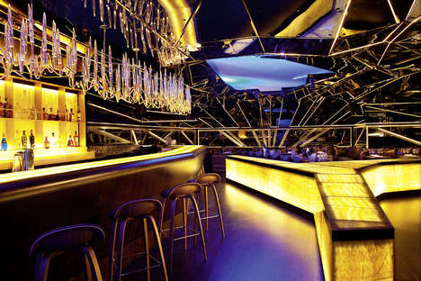 Nightlife Decor Anthologies - Taschen's Restaurant & Bar Design Book Celebrates Opulent Spaces