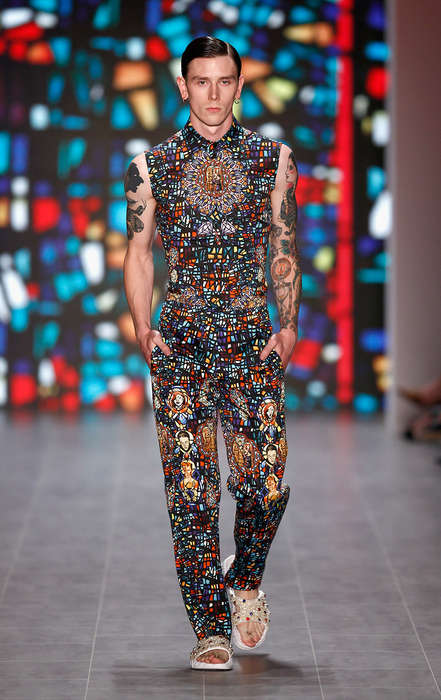 Sleek Stained Glass Runways - The Kilian Kerner Spring/Summer 2015 Collection is Pattern-Enriched