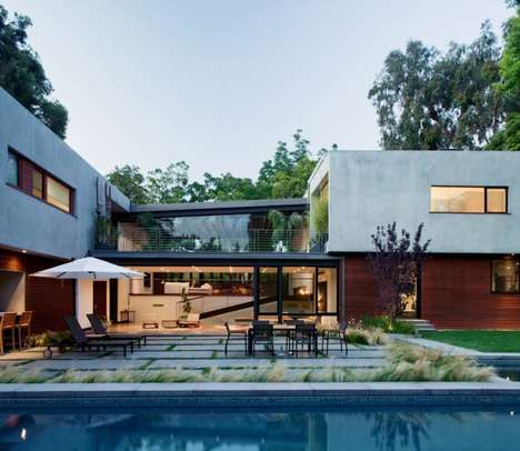 Multiple Entry Architecture - The San Lorenzo Residence Gives Visitors a Variety of Options