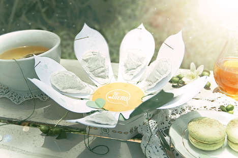 Blossoming Tea Packaging - The Te Quiero Tea Packaging Design Opens Up Like a Flower