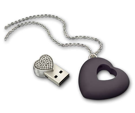 USB Jewelry - Swarovski USB Heart Necklace is a Fashionable Hi-Tech Gadget
