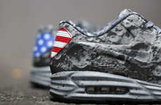 The Nike Air Max Lunar90 SP Shoes Celebrate Neil Armstrong
