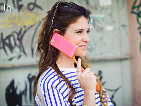 Extended Phone Cases - The Fonhandle by Yonatan Assouline Boasts a Versatile Handle