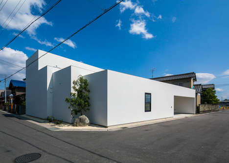 Overlapping Block Homes - The Sunomata House Offers Space for Different Generations