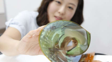 Flexible TV Displays - LG Develops an OLED Panel that Can Be Rolled Up Like a Poster