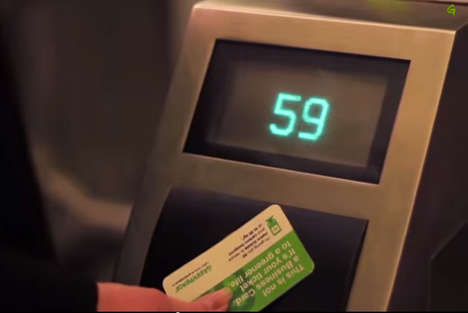 Business Card Metro Passes - The Air Pollution-Reducing EcoCard Also Acts as Moscow Subway Ticket