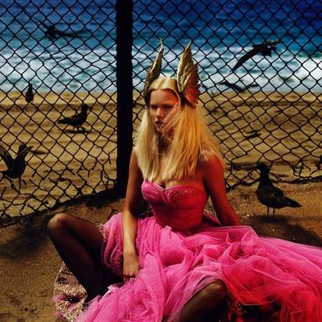 Retro Superhero Editorials - The Vogue Paris August 2014 Cover Shoot Stars a Strong Anna Ewers