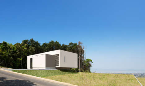 Minimalist Blocked Abodes - The Y7 House Focuses on the Expansive Views
