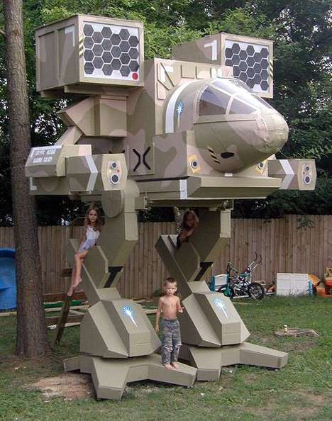 Futuristic Robot Treehouses - NASA Scientist Jim Martin Creates Elaborate Playhouse for His Children