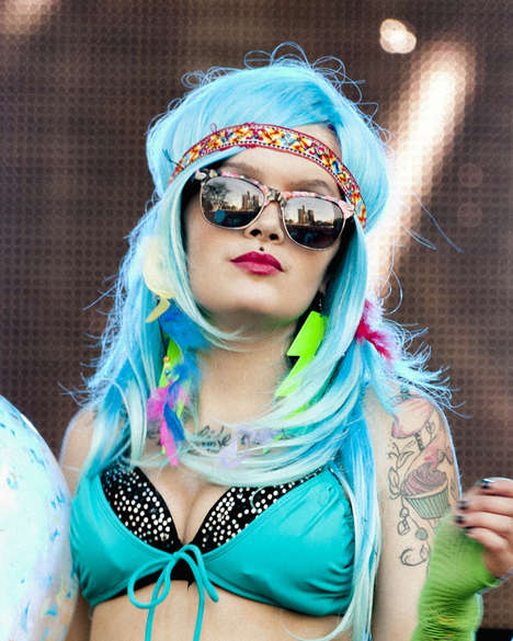 100 Music Festival Style Inspirations - From Botanical Monarch Headpieces to Hippie Festival Fashion