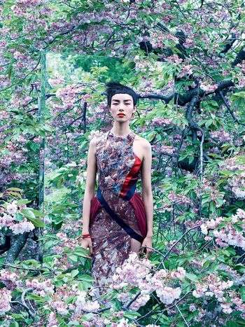 Foliage-Focused Fashion Editorials - The Vogue US Mixed Media Photoshoot Displays a Blooming Garden