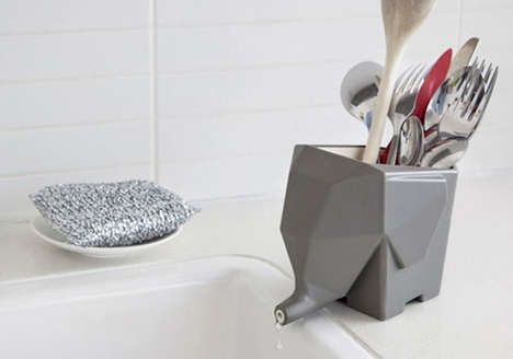 Elephant Cutlery Drainers - This Cutlery Holder Drains the Excess Water Through the Elephant