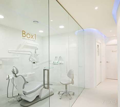 Starkly Minimal Offices - Dental Angels Give Charlie's a Run for Their Money
