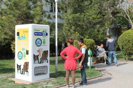 Pet Feeder Recycling Bins - Pugedon Has Developed a Pet Feeder That Recycles Bottles As Well