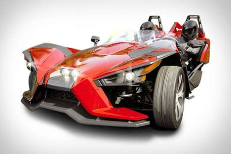 Dual Seating Motorcycles - The Polaris Slingshot Roadster is a Car and Motorcycle Hybrid