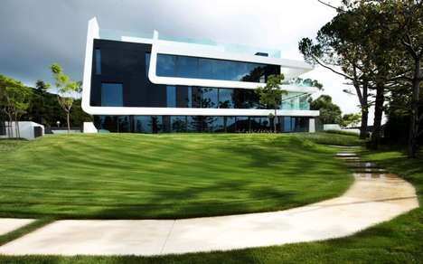 Sinuous Sculptural Abodes - This Spectacular Home Features an Organic Design Principle