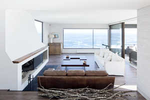 Every Room has the Best View in This Seafront Residence
