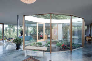 NO ARCHITECTURE designed a Courtyard House