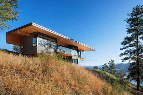 Sloping Lakeside Homes - This Lake View Home Features a Modern Silhouette
