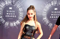 Aggressive Award Show Ensembles - Ariana Grande Dons a Leather-Clad Look at the MTV VMAs