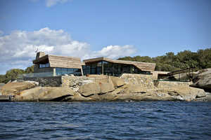This Summer House Vesfold 2 in Norway Features Spectacular Scenery