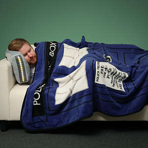 Time Machine Blankets - This Doctor Who TARDIS Blanket is Perfect for Fans to Snuggle With
