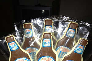 Etsy's Beer Cookies Are Personalized to Resemble One's Favorite Brew