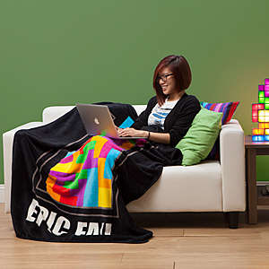 Pixelated Gamer Blankets - This Epic Fail Blanket Celebrates the Popular Tetris Computer Game