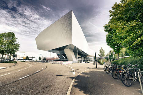 Enhanced Museum Photos - These Porsche Museum Photos Highlight the Museum's Thoughtful Architecture