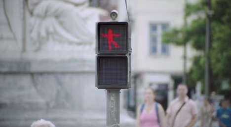 Dancing Traffic Lights - Smart Car Set Up a Fun Traffic Light to Make Waiting More Entertaining