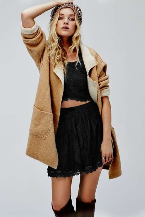 Snug Hippie Lookbooks - The Free People September Lookbook Will Get You Amped for Fall