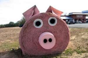 10 Haystack Sculptures