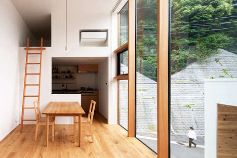 Window-Centric Abodes - The House in Gokurakuji Has Expansive Views