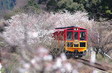 Lovebird Locomotive Rides - The Japanese Sagano Romantic Train Takes Couples on the Scenic Route