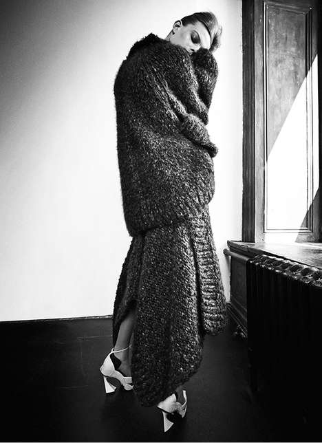 Relaxed Fall Fashion - Lexi Boling Dons Oversized Knits for CR Fashion Book