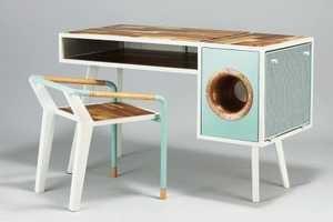 The Soundbox Desk Can Amplify Audio From Your Smartphone