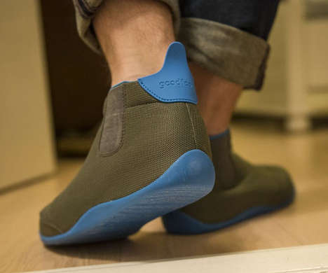 Heat-Regulating Footwear - GoodFoot Optimal Slippers Ensure You Aren't Too Hot or Too Cold