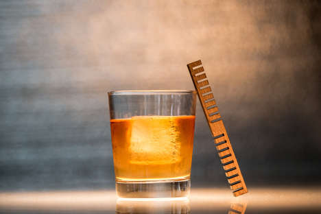 Whiskey-Customizing Combs - The Whiskey Element Makes Your Cheap Drink Taste Like Oak-Aged Whiskey