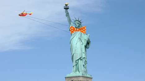 Statue Dress-Up Stunts - This Statue of Liberty Costume Stunt Promotes a Menswear Brand