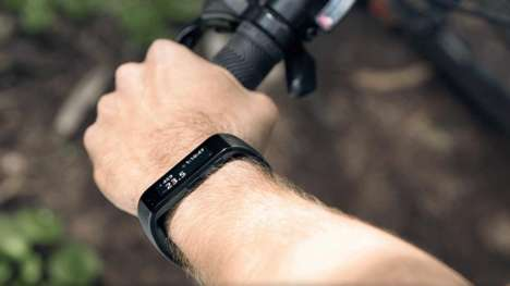 Ultraviolet-Tracking Wristbands - The Microsoft Band Lets You Know When You Need Sunscreen