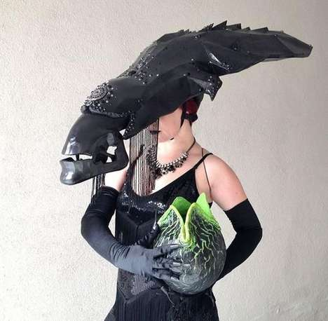 Alien Queen Cosplay - Ashley J Long Creates a Unique Spin on a Sci-Fi Movie Character