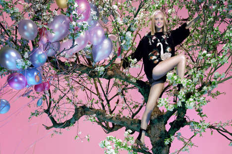 Surreal Dreamscape Editorials - Frances Coombe Stars in Vogue Italia's October Issue
