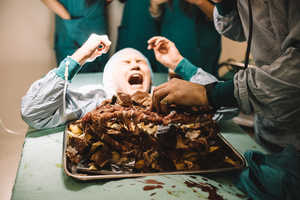 This Unsettling Feast Introduces the Surgeon Simulator Game for iPhone