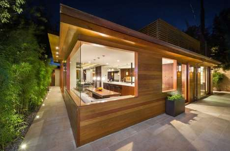 Charming Contemporary Bungalows - This 1984 House Features a Beautiful New Renovation