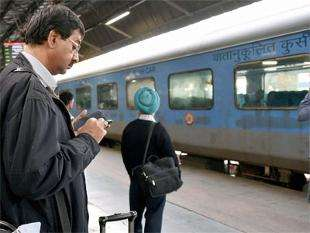 Railway WiFi Services - New Delhi Railway Station is Rolling Out Free WiFi Access